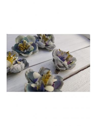 Pinzas pétalo azul y blanco